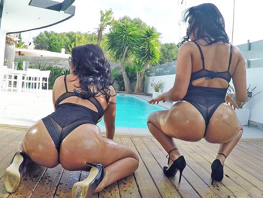 Imagen Follando con dos hermanas latinas con tetas enormes con grandes culos