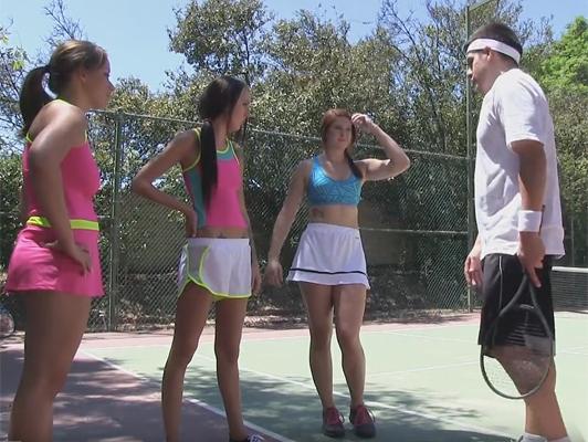 Imagen Sexo en el campamento de verano para chicas jovenes deportistas