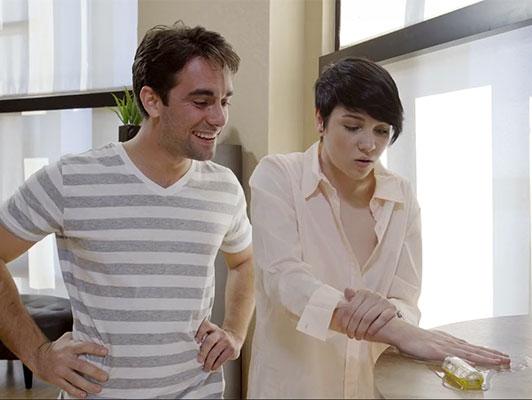 Imagen Los hermanastros son una pareja muy caliente y que les gusta el sexo