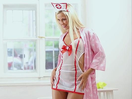 Imagen Dido Ángel como una enfermera caliente