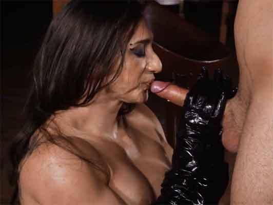 Imagen sexo anal con la actriz española y culturista Karyn