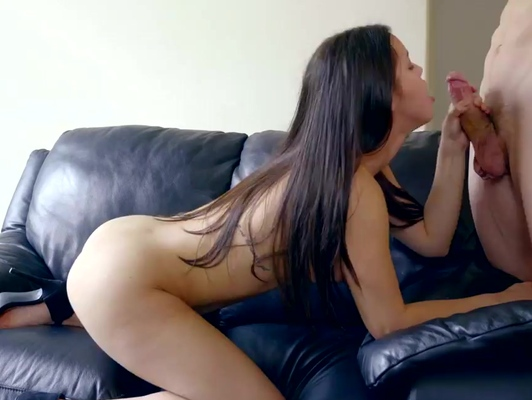 Imagen Latina con el coño caliente tiene sexo duro