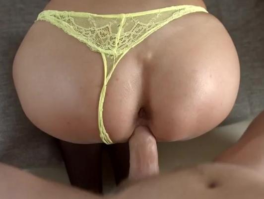 Imagen Tanguita amarillo excita a su chico que la penetra muy duro