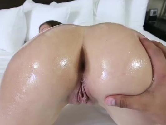 Imagen Culazo con aceite quiere sexo brutal
