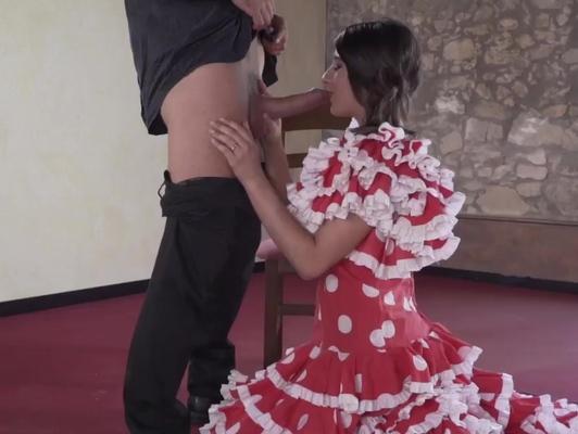 Imagen Bailarina de sevillana quiere follar con su profesor