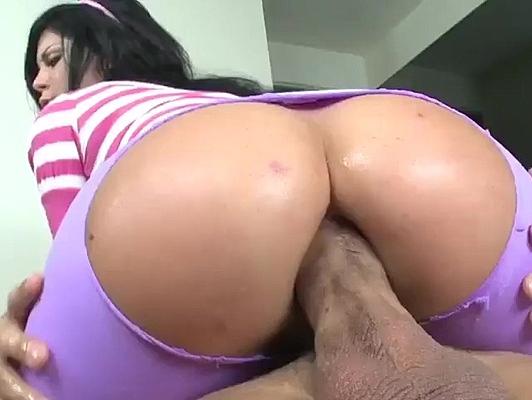 Imagen Sexo anal con dos chicas en mallas de aerobic