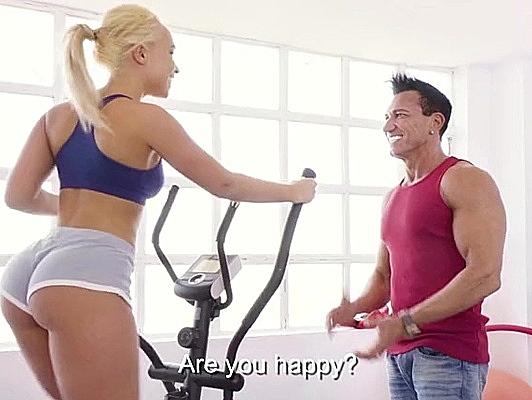 Imagen Entrenador de aerobic follando cuna rubia con culazo sudada