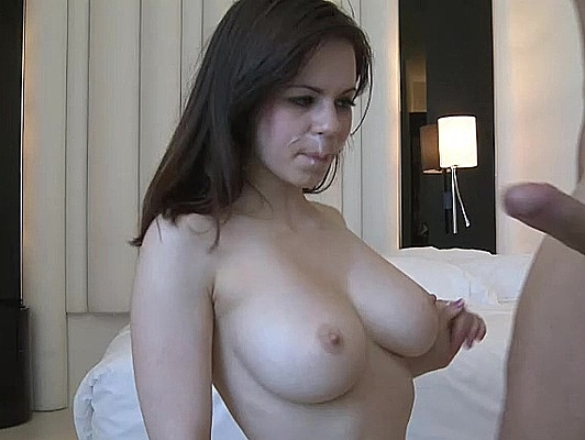 Imagen Nekane una española con preciosa tetas disfruta del sexo