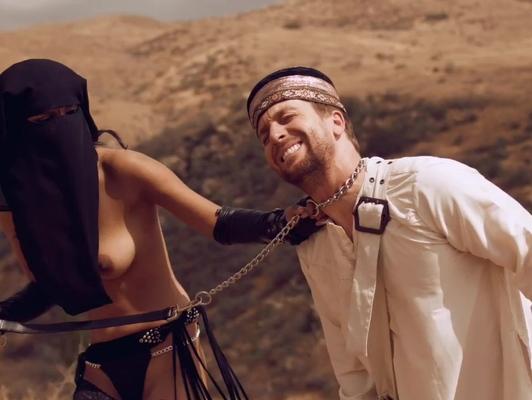 Imagen Extremo sexo duro en el sahara y mucha leche