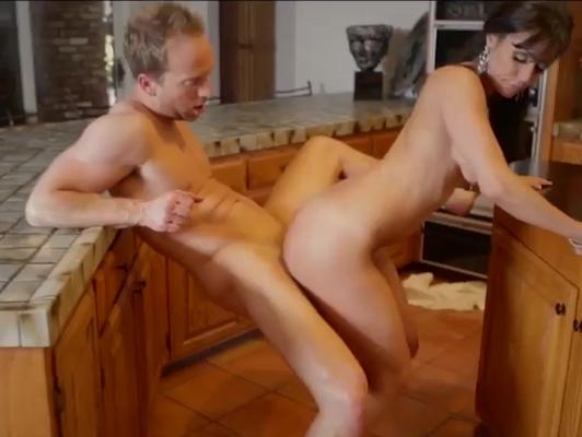 Imagen Madura follando con amigo de su marido