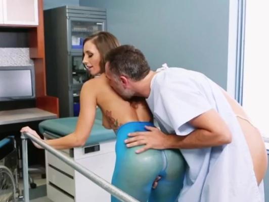 Imagen Enfermera sabe como curar a sus paciente xxx