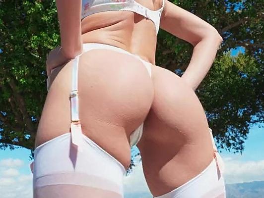 Imagen Sexo anal con una Sexy milf en lenceria chorros de placer