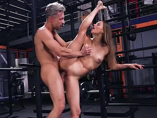 Imagen Follando en el Gym con su entrenador personal