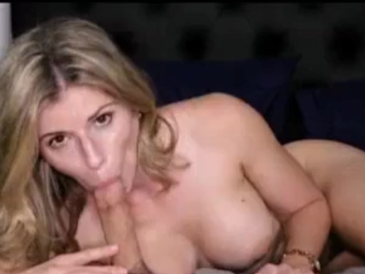 Imagen Mujer casada experta en hacer mamada